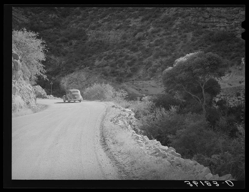 Apache Trail 1940