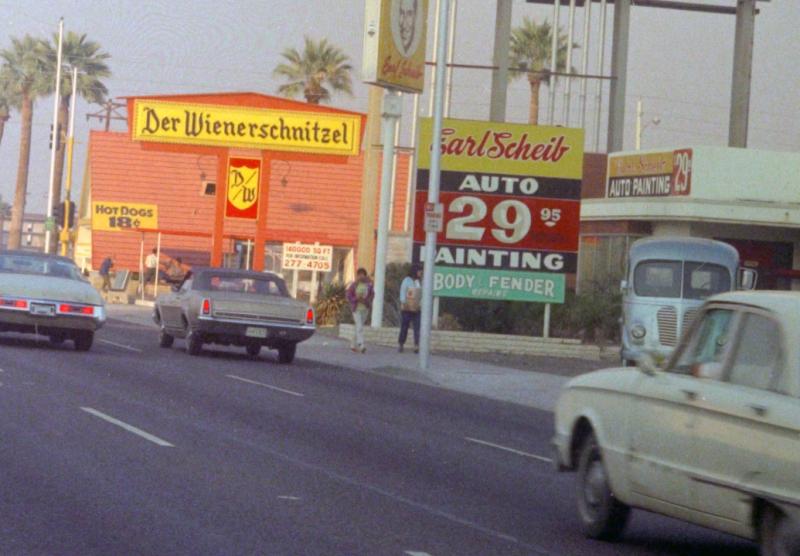 Central_looking_north_towards_Indian_School_Rd_Der_Wienerschnitzel_Earl_Scheib_early_1970s(1)