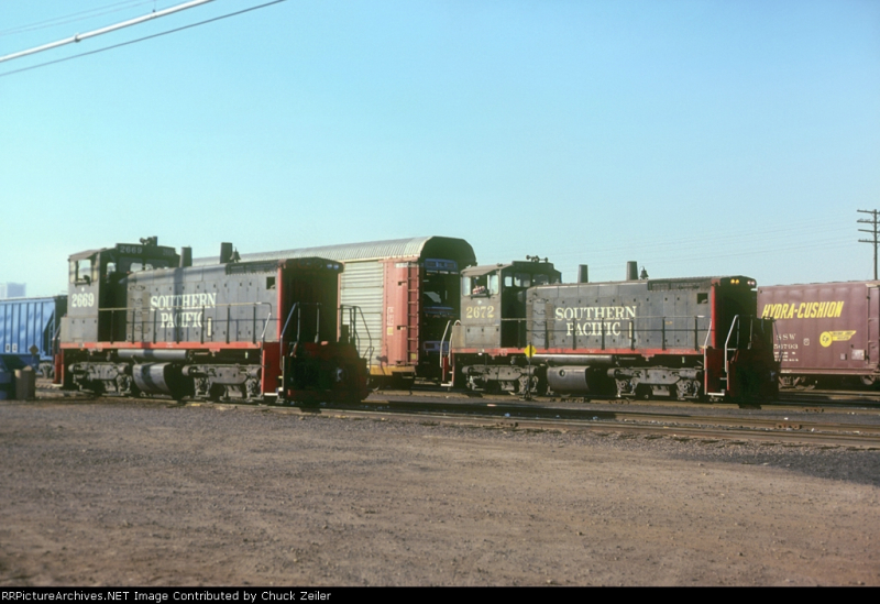 Switchers at SP yard 1981
