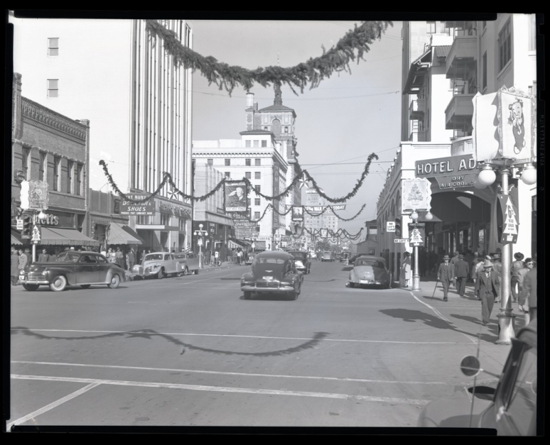 Central-Adams Christmas 1944