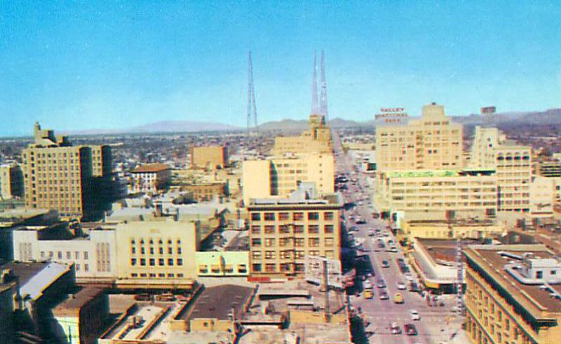 Central_Washington_looking_north_Washington_KTAR_towers_1940s(1)