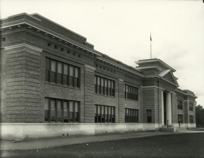 Mesa Grammar School 1910