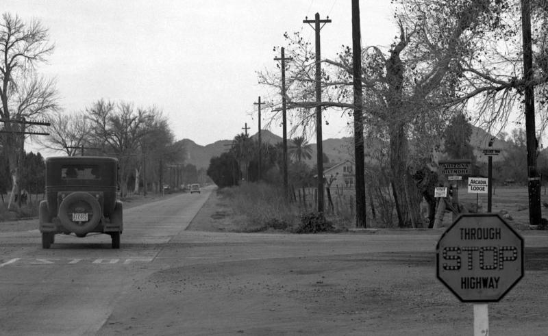 16St&Camelback_1940s