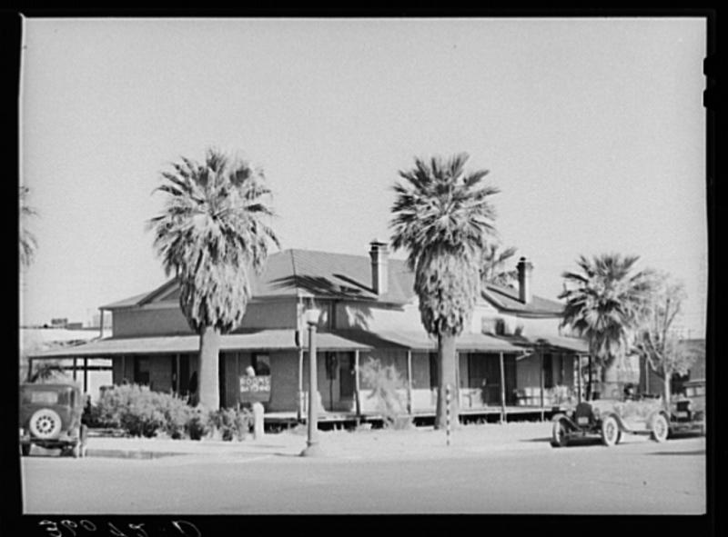 One of Phoenix's oldest buildings 1940