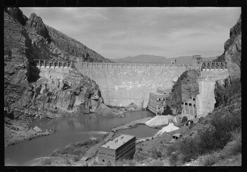 Roosevelt Dam 1940