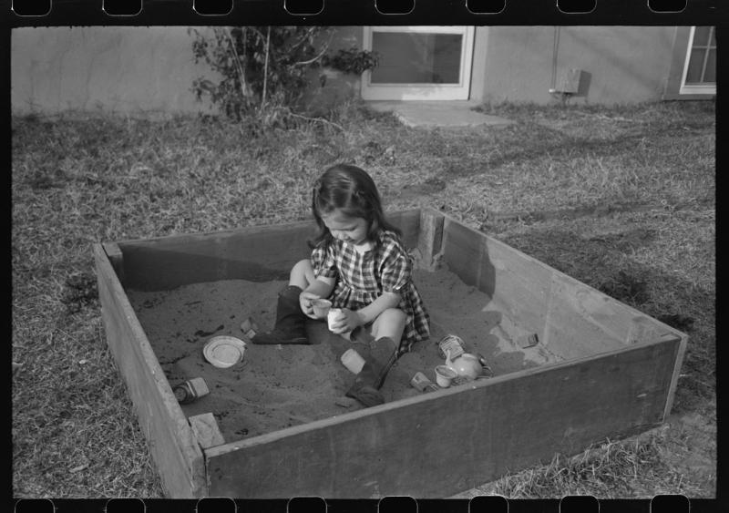 Child at FSA Camelback Farms 1940