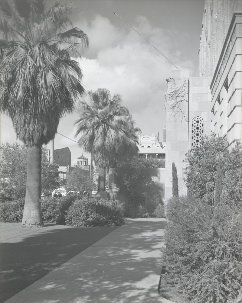 Path beside City Hall 1939