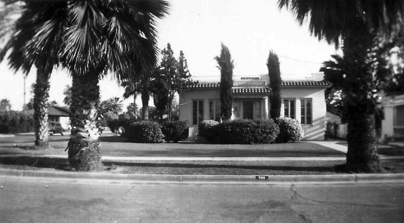 House_701_W_Willetta_1940s