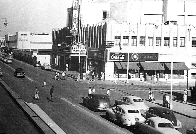 Fox_Theater_1st_St_Washington_1952(1)