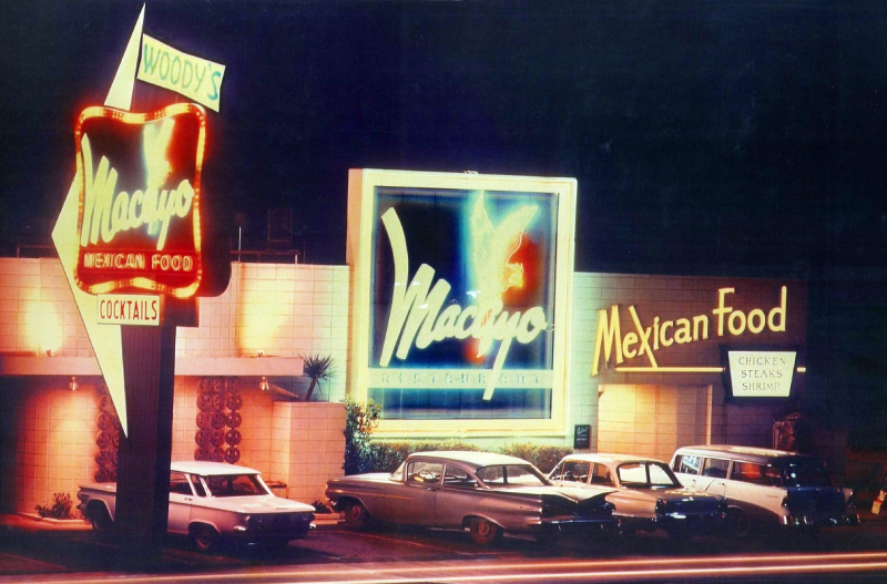 Woodys_Macayo_color_4001_N_Central_1960s(1)