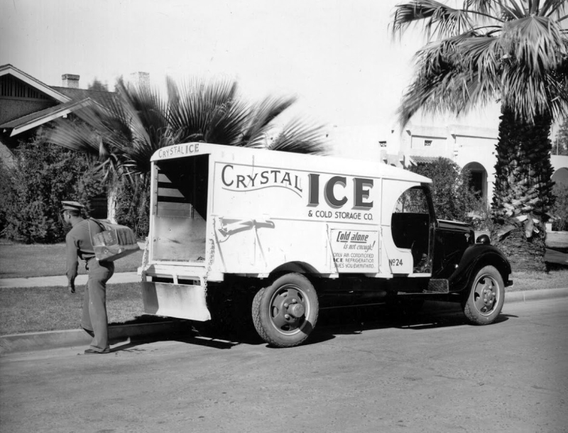 CrystalIceTruck