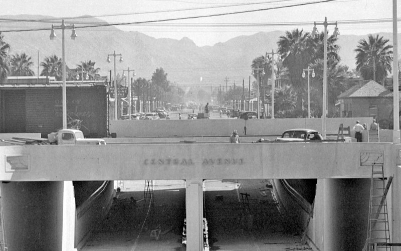 Central_Ave_Underpass_looking_south_South_Mountain_1940