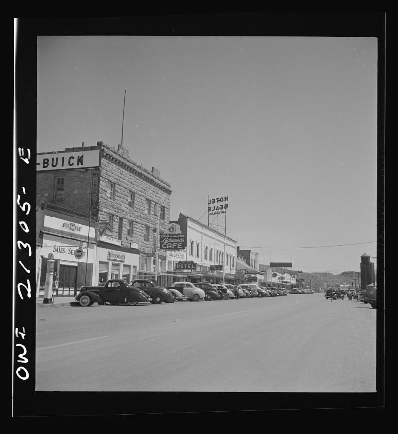 Kingman street scene 1943