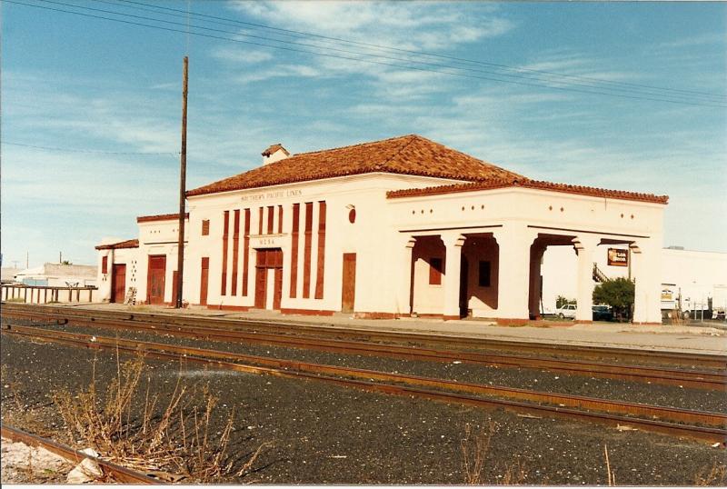 Mesa depot trackside