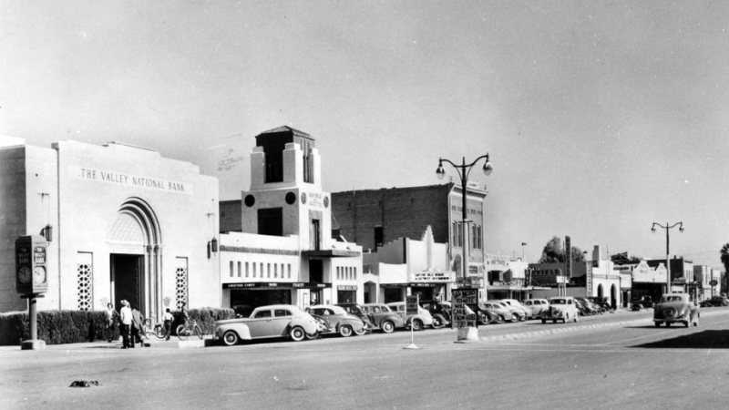 Mesa_Main_St_Macdonald_looking_northeast_1940s