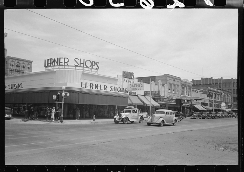 Central and Phoenix 1940