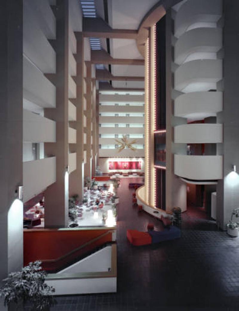 Hyatt Regency interior 1976