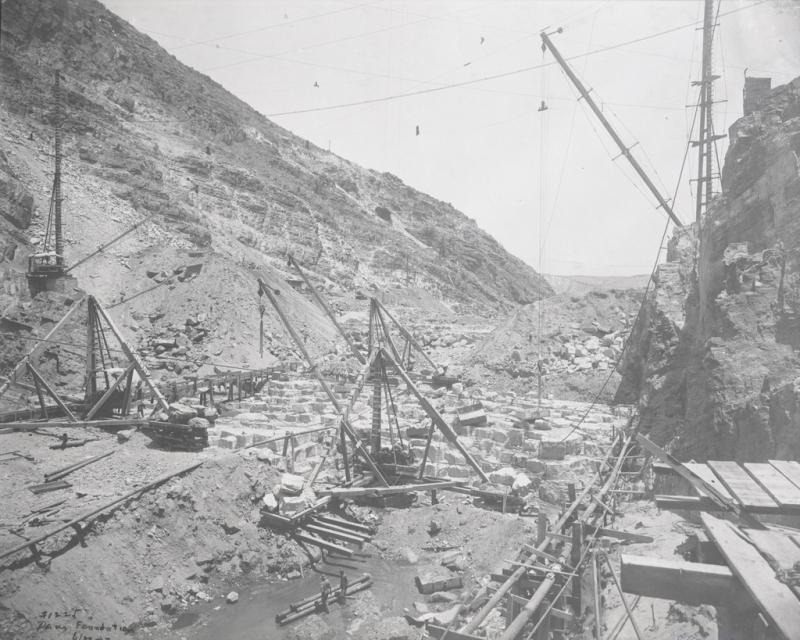 Roosevelt Dam foundation 1907