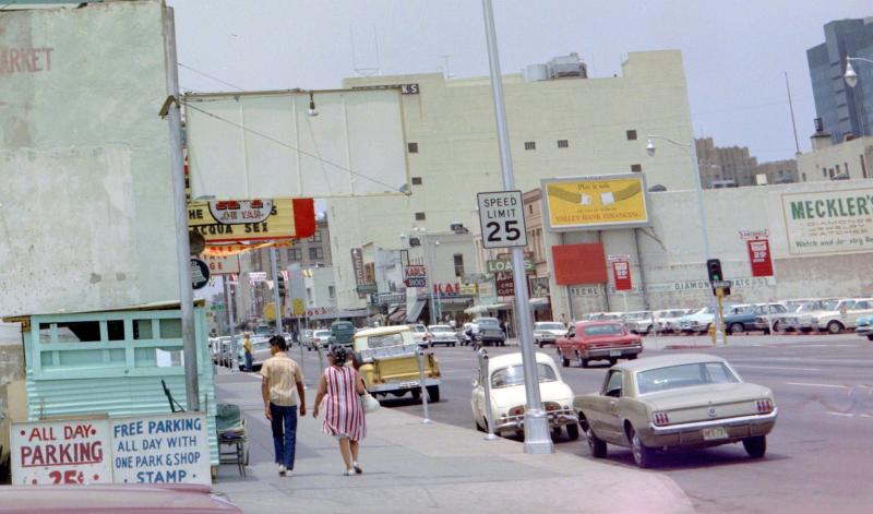 Washington_3rd_St_walking_west_1960s(1)