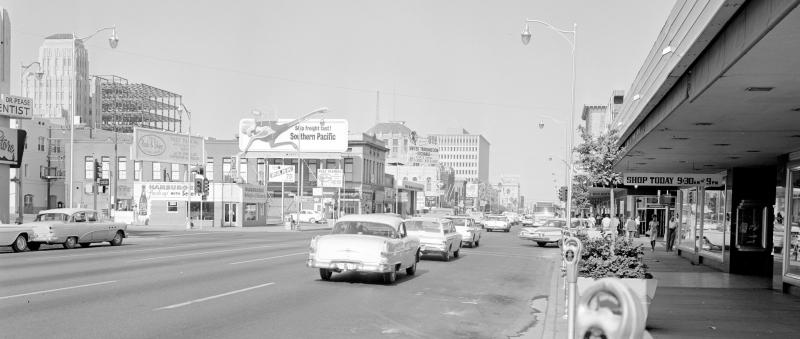 Washington_looking_west_towards_1st_St_East_Court_Building_under_construction_1963(1)