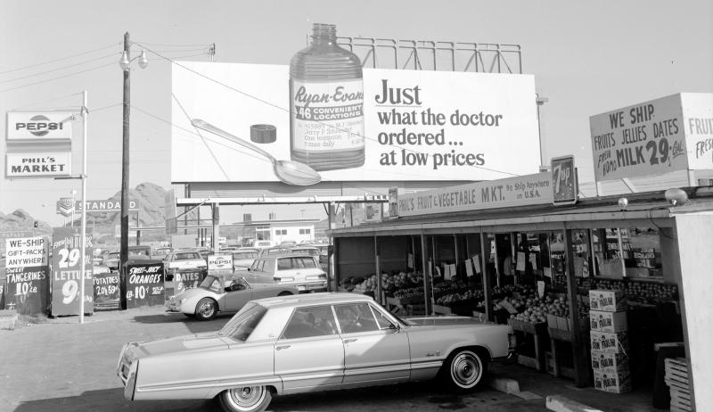 Billboard_Ryan-Evans_Phils_Market_5121_E_McDowell_1960s(1)