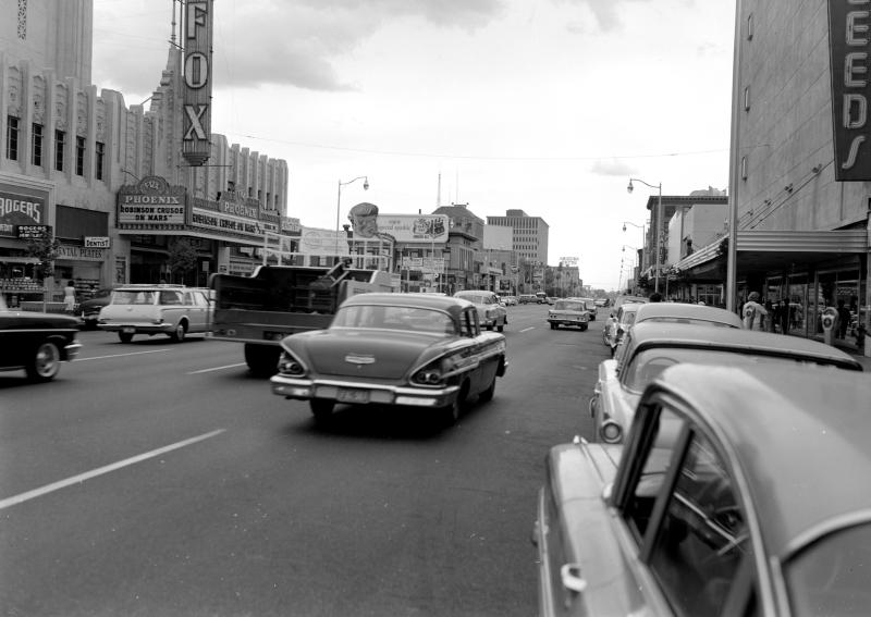 Washington_1st_St_looking_west_Fox_Theater_Robinson_Crusoe_on_Mars_1964(1)
